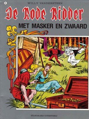 De Rode Ridder 49 Met masker en zwaard
